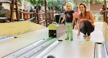 Kids Bowling in Center Parcs De Vossemeren